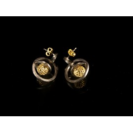 Handmade Earings with gold plated silver 925 sphere