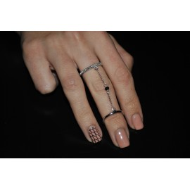Rhodium plated 925 silver double ring with chain and crystal