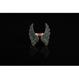 Angel wings ring with green zircon
